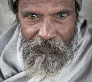 Blue eyes, man, Pushkar, India.